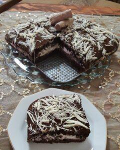 Çikolatalı Pişmaniyeli Yaş Pasta